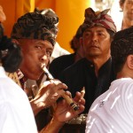 Sideman, Wayan, Préparation crémation