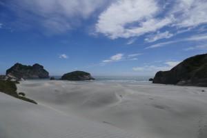 nouvelle-zelande-roadtrip-wharariki-beach (10)